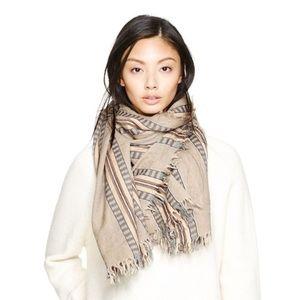 Wilfred wool blanket scarf